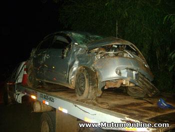 policia-militar-rodoviaria-estadual-registra-acidente-automobilistico-em-simonesia-mg