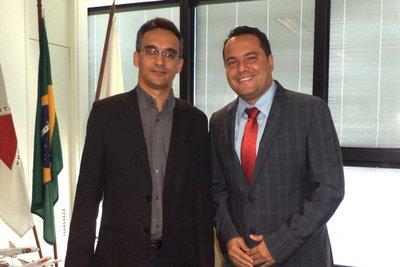 Karone Marllus e Ricardo Faria